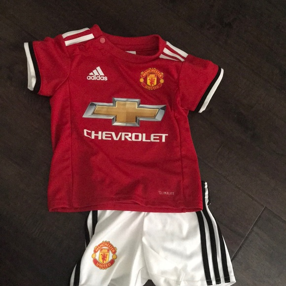 the best attitude 8ef91 0ce94 Manchester United Kit